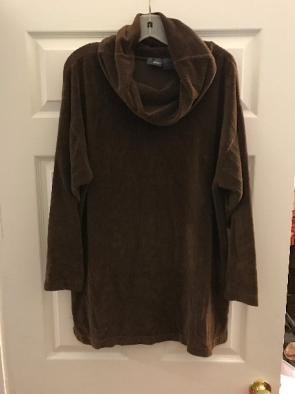 Liz Claiborne Cowl Neck Sweater  0