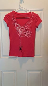 red spider and web print v-neck cap sleeves shirt Delta