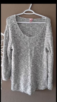 Large dolled up sweater  Roseville, 95661