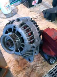 Alternator came off a 96 Camaro.  Will fit many gm