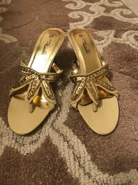 pair of brown-and-white leather sandals Fairfax, 22032