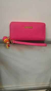 pink leather Kate Spade wristlet Brampton, L6W 2A7