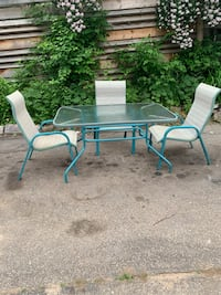 Patio outdoor table and three chairs set Cambridge, N1R 2H9