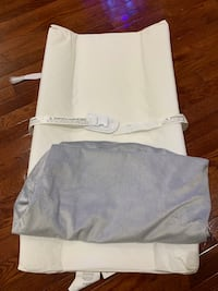 Change pad with cover Mississauga, L5B 0B3