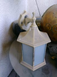 white and brown table lamp Perris, 92570