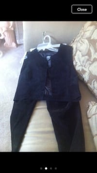 Woman size 12 suede suit Jessup, 20794