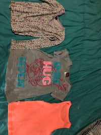 Girls clothes variety of different pieces and baby stuff also Glasgow, 42141