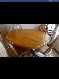 Dinning table with chairs Las Cruces, 88001