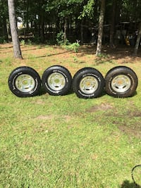 Ford - F-250-350 wheels and tires. Lizella