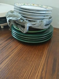 green ceramic plates and 7 bowls Lethbridge, T1H 5A1