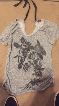 space-dyed gray scoop neck short-sleeved t-shirt