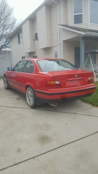 92 BMW 318IS runs needs work have parts Kelowna, V1X 7N3