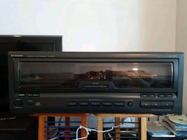 Technics 60+1 Compact-Disc (CD) Changer