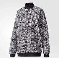 Woman's Adidas Sweater Large Antioch, 94509