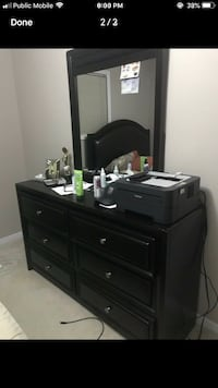 Dresser with Mirror Perfect condition  Mississauga, L4Z 3B1