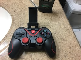Mobile gaming controller!