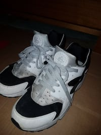 white and black Huaraches size 12 men fit like 10