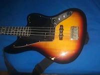 Fender bass quitar comes with a fender Amp dont have a pic yet Takoma Park, 20912