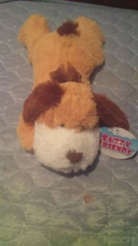 white and brown dog plush toy Levant, 04456