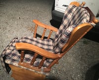 Rocking chair with retractable foot rest Columbus