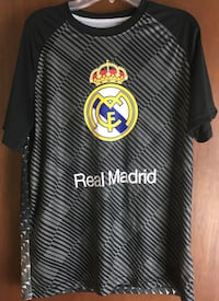 Real Madrid Soccer shirt Size Small Portage, 15946