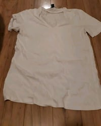 Urban outfitters t-shirt Quinte West, K8V 4K6