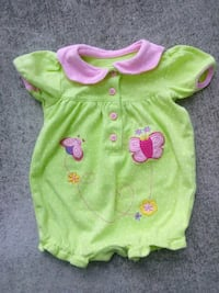 Adorable outfit size 0-3 months  Wilmington, 28403