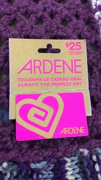 Ardene 25 dollar gift set Corner Brook, A2H 4W3