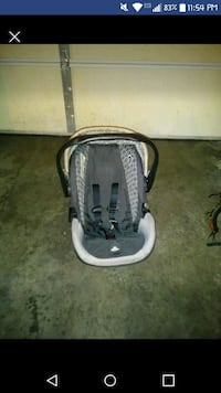 Carseat and stroller combo