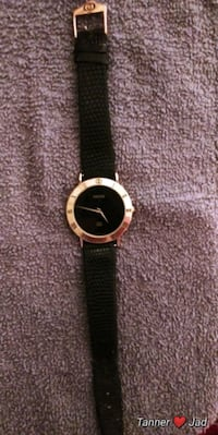 Watch, Gucci Unisex Gold With Black Face  Clinton, 37716