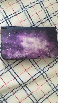 purple and white floral wallet North Lauderdale, 33068