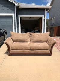 Couch Colorado Springs, 80923