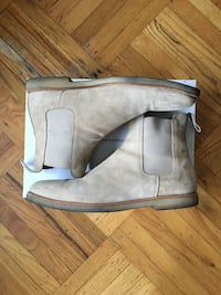 Common Projects tan Suede Chelsea boots Burnaby, V5B