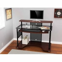 Workstation with rolling pad Falls Church, 22043