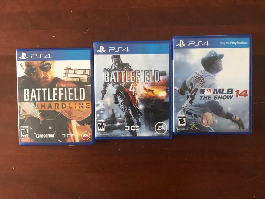 two Sony PS4 game cases for sale  Simsbury