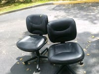 black leather padded rolling chair Hollywood, 33024