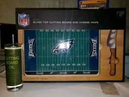 NFL ~ Glass Top Cutting Board with Cheese Knife & Cutting Board Oil
