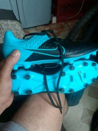 unpaired blue and black Nike basketball shoe Palm Harbor, 34684