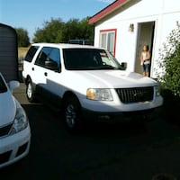 Ford - Expedition - 2004 2355 mi