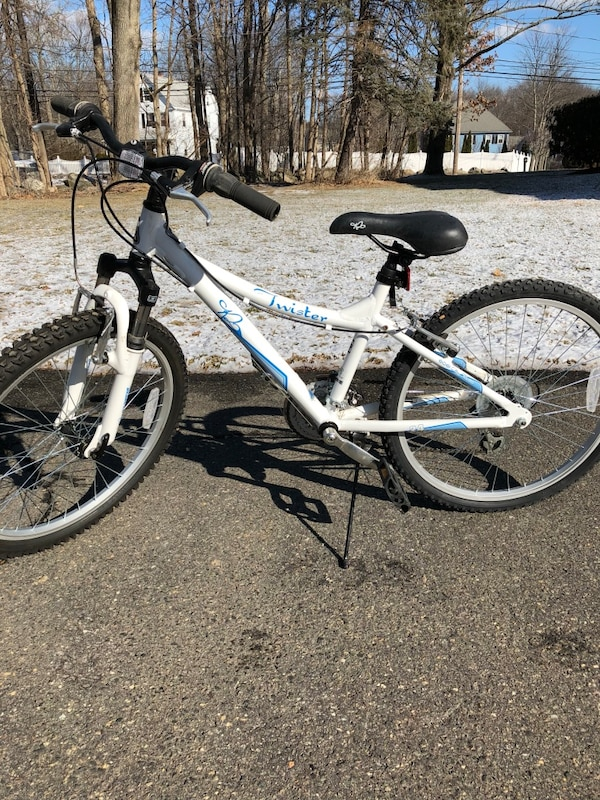 Used K2 Twister 24 Inch Girls Mountain Bike For Sale In Wilmington