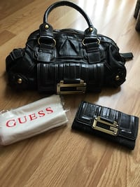 Guess bag and wallet Burnaby, V5C 2R5