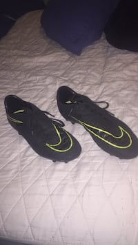 Nike HyperVenom soccer cleats  Maple Ridge, V2X 1H8
