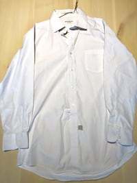 YSL (Yves St Laurent) Dress Shirt. Size large (16; 32-33) Vancouver, V5S 4Y1