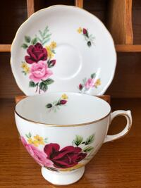 EUC Vintage Queen Anne Red and Pink Rose Bone China Tea Cup and Saucer Ajax, L1Z 1C9