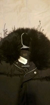 black and gray fur textile 1960 km