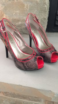 Guess shoes!!! Ottawa, K4P 1K2