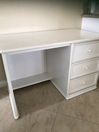 "Sturdy wooden white desk with 3 drawers. H 28"" x L 44"" x W 25"" San Marcos, 92078"
