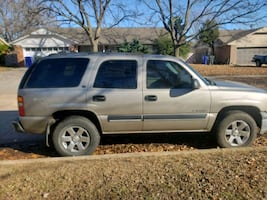 2001 Chevrolet Tahoe 2-Wheel Drive
