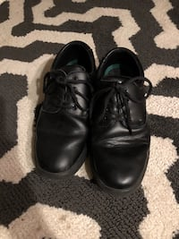 Pair of black leather shoes Hendersonville, 37075