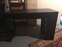 Desk perfect for a smaller bedroom Toronto, M6P 1H6